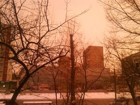 Różowe niebo w Moskwie