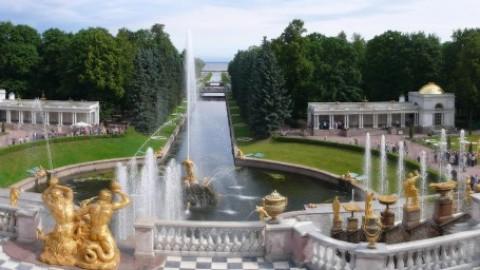Zwiedzamy Peterhof – rosyjski przez internet. Niespodzianka!
