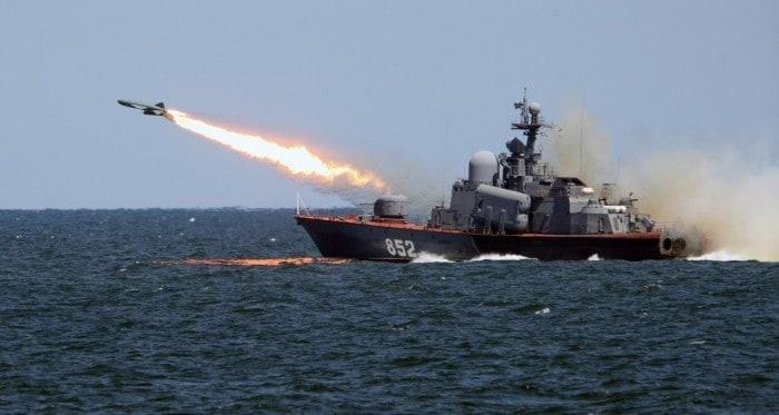 Różnica w użyciu statek i okręt w języku rosyjskim